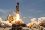 Falcon 9 с грузовым кораблем Dragon успешно стартовала к МКС...